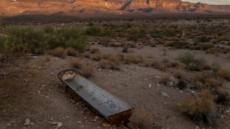 Water shortages loom over future semiconductor fabs in Arizona